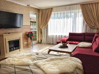 Golden GaPa Central Family Apartment 23
