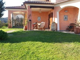 3 bedroom Villa with Air Con and Walk to Shops - 5779647