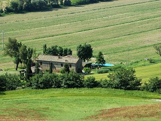 Ponte A Tressa Villa Sleeps 13 with Pool and WiFi - 5762767