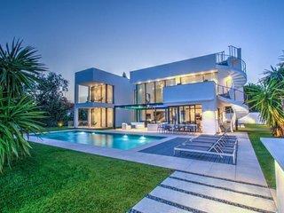 Villa de las Ventanas
