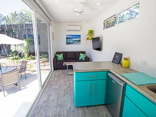 New, Modern Shipping Container Close To The Beach!  Casa Tropical