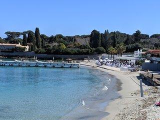 Cap d'Antibes luxury 2 bedroom apartment nr beach
