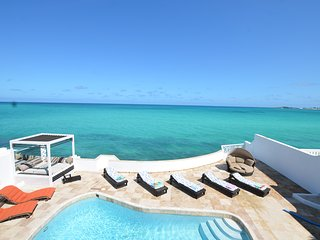 Oceanfront  Caribbean 7 Luxury Home. Private pool.