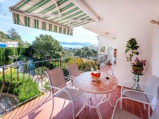 3 bedroom Villa in Grifeu, Catalonia, Spain - 5756066