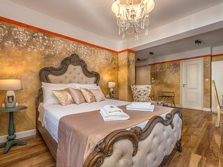 Plaza Marchi Old Town MAG- Deluxe Queen Room