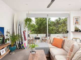 Surf Side Oasis w/ Balcony just seconds to Beach