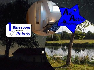 Blue room Polaris - Ad Astra House at the river Gacka
