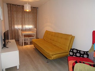 Three Bedroom Apartment in Faro with Free Wi-Fi and Cable TV
