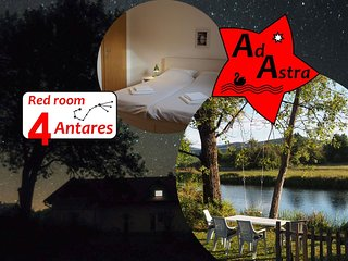 Red room Antares - Ad Astra House by the river Gacka