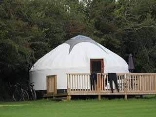 Cornish Yurt with Hot Tub (3)