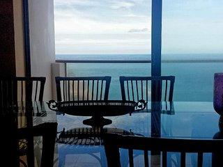Atic Downtown & Oceanfront Puerto de la Cruz 5 p 210 mts