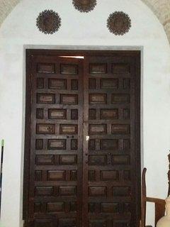 Porta d'ingresso all'appartamento
