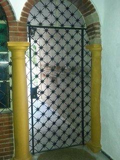 Accesso al patio dal portale