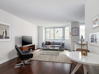 Sonder   View 34   Lovely 1BR + Sofa Bed