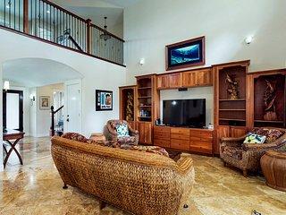 NEW LISTING! Beautiful family home w/great room & lanai - walk to Anini Beach!
