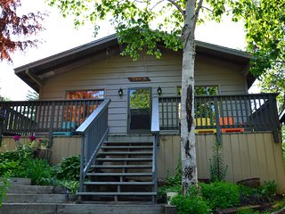 Spruce Cottage - Great Spirit Lodge & Adventures Island Cottage Rental