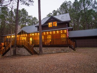 Firewater Creek Lodge - (5 Bdrm) (High Lux)(HOT TUB)