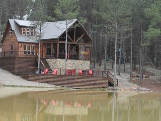 Stars on the Water Lodge (4 Bdrm) (High Lux)(HOT TUB)