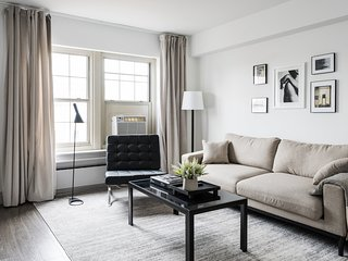 Central West End Modern Suite No.3 by Zencity