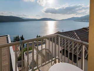 Ankica i Anamarija Apartments - Studio Apartment with Sea View (4)