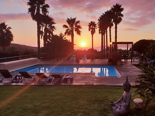 Villa Noesis   splendide domaine (15 pers) avec vue mer et piscine a Porticcio