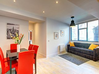 Modern Chic Piccadilly Apt, Heart of City Centre!