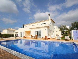 Villa Amora Carvoeiro Algarve 4 beds 5  Baths