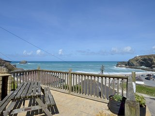 2 Bedroom Cottage - Sea View and Family Friendly - 'Gulls Roost'