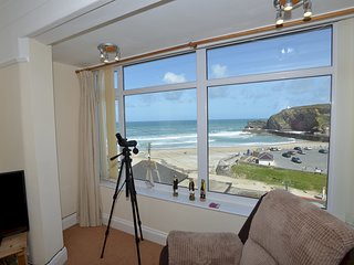 Sea Spray with Magnificent Sea Views - 50 yards from Portreath Beach