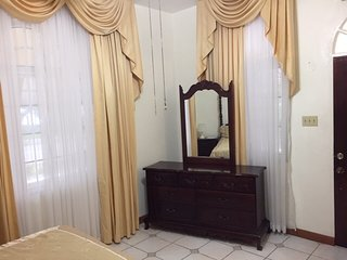 GoldenView Guesthouse Ocho Rios