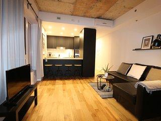 Studio du vieux Limoilou Le Cohen parking gratuit