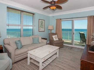 Gulf-front east corner on 12th floor | Out/In Swim-thru pool, Hot Tub, Fitness,