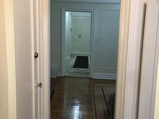 Entier 1 bedroom apartment for rent in river dale
