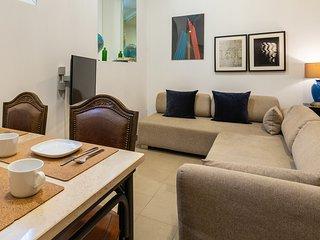 Rustic flat near Av. Liberdade