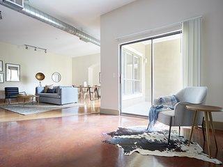 Sonder | Downtown Houston | Bright 2BR + Balcony