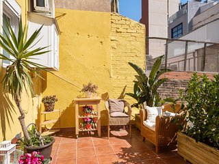 Lovely 2Bed w/Terrace near Barcelona Beach