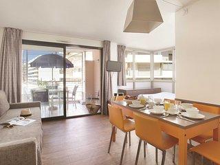 Super endroit ! Appartement charmant et renove avec acces piscine