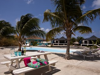 Seahorse, a nice waterfront apartment on the Ocean Breeze Resort
