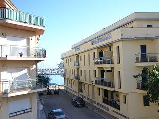 PORT 17 ¡Magnifico apartamento ubicado a 50 metros de la playa!