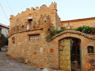 ''Castle'' Experiences, close to the beach