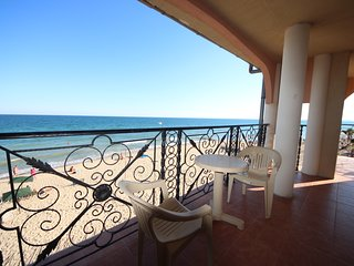 Atrium B204 - Family 1 bedroom Apartment with Panoramic Sea View