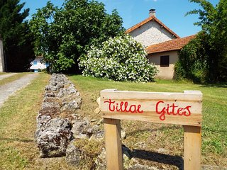 Tillac Gites - Souris - Gite Complex near Angouleme in Charente, France