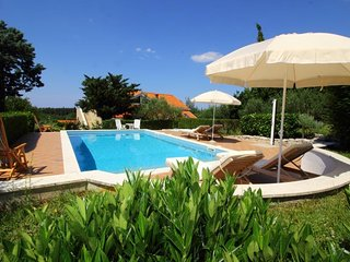 Villa Boskovic - Four-Bedroom Villa with Swimming Pool and Sea View 8