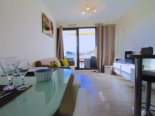 Petit coin de Paradis vue splendide dans Residence avec Piscine et Pool House