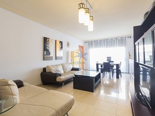 Modern apartment for 8 pers. a 5-minute drive from Port Aventura
