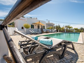 Casa Sol Poente Heated Pool, 3 + 1 Country Cottage