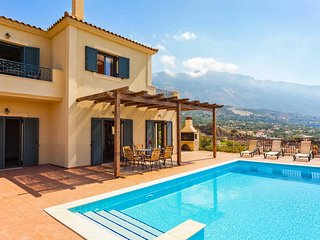 3 bedroom Villa with Pool, Air Con and WiFi - 5707394