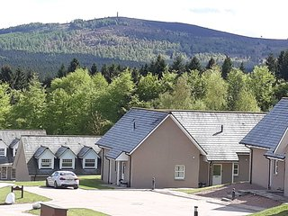 Holiday Home with golf and tennis nearby Banchory