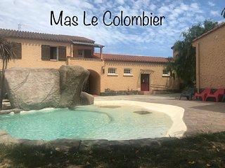 Mas Le Colombier, côté piscine