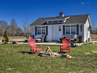 Peaceful Pet-Friendly Franklin Cottage on 15 Acres